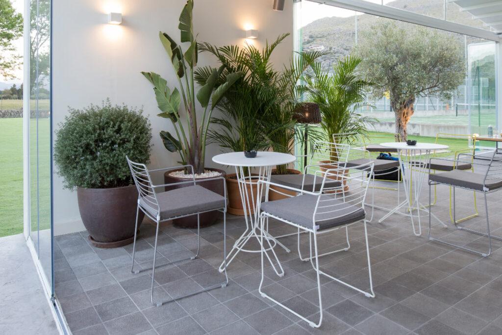 Duva sports facilities and Giravolta Restaurant - Felip Polar. Interior Design Studio