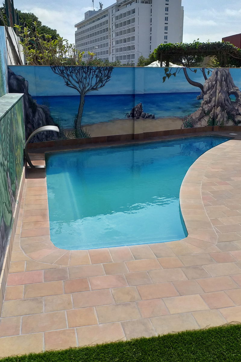 outdoor flooring pools